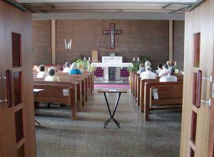 Misa durante la Escuela de Evangelización