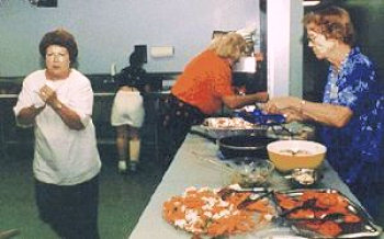 Feeding participants in the 1997 conference