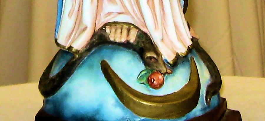 Consagración a María - Vencedora de Satanás