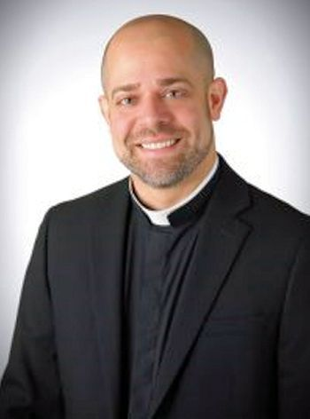 Ayuda a un Seminarista