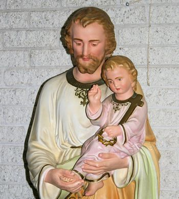 St Joseph with child Jesus is among the Saints who stop plagues