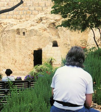 Waiting at the tomb of Jesus