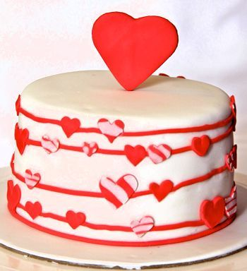 birthday cake with heart