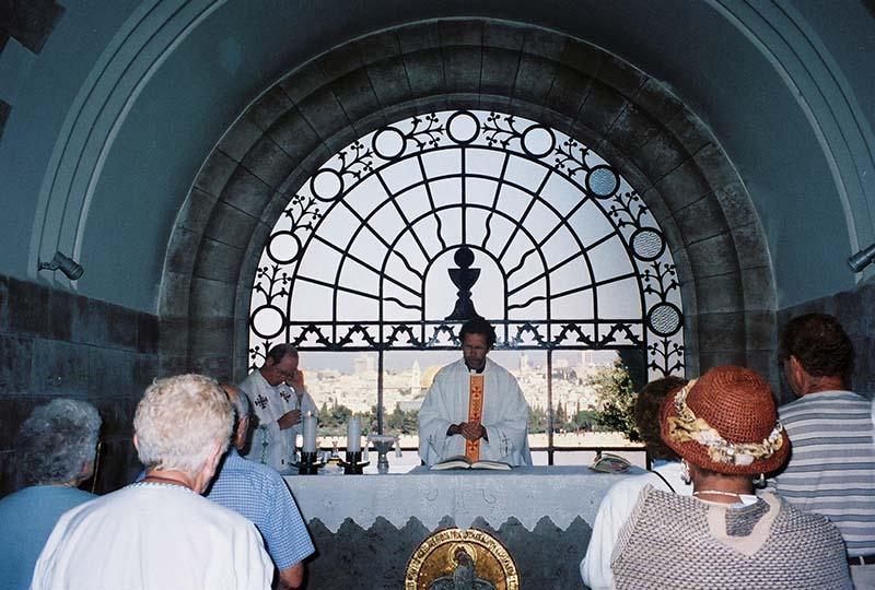 Altar de la Iglesia Jesús Lloró