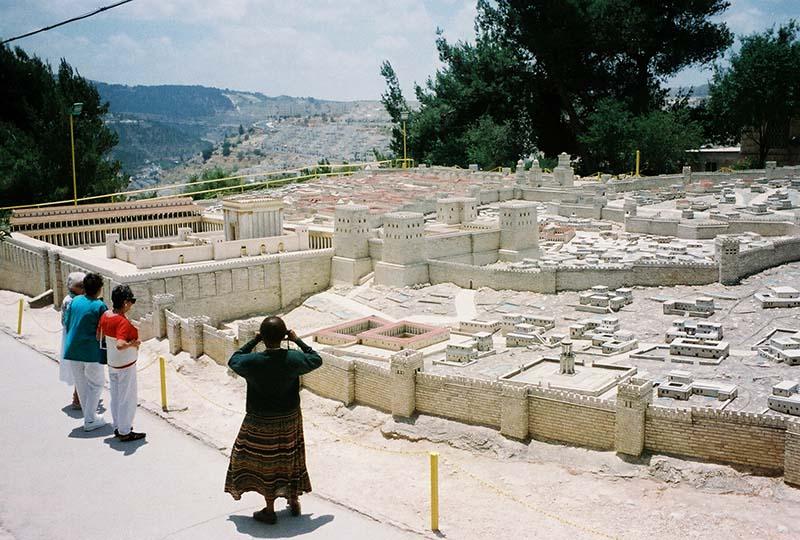 Semana Santa en la Tierra Santa-modelo en escala de Jerusalén
