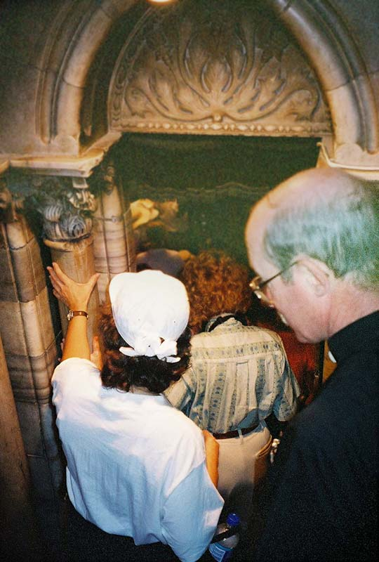 sanctuary leading to place where Jesus was born